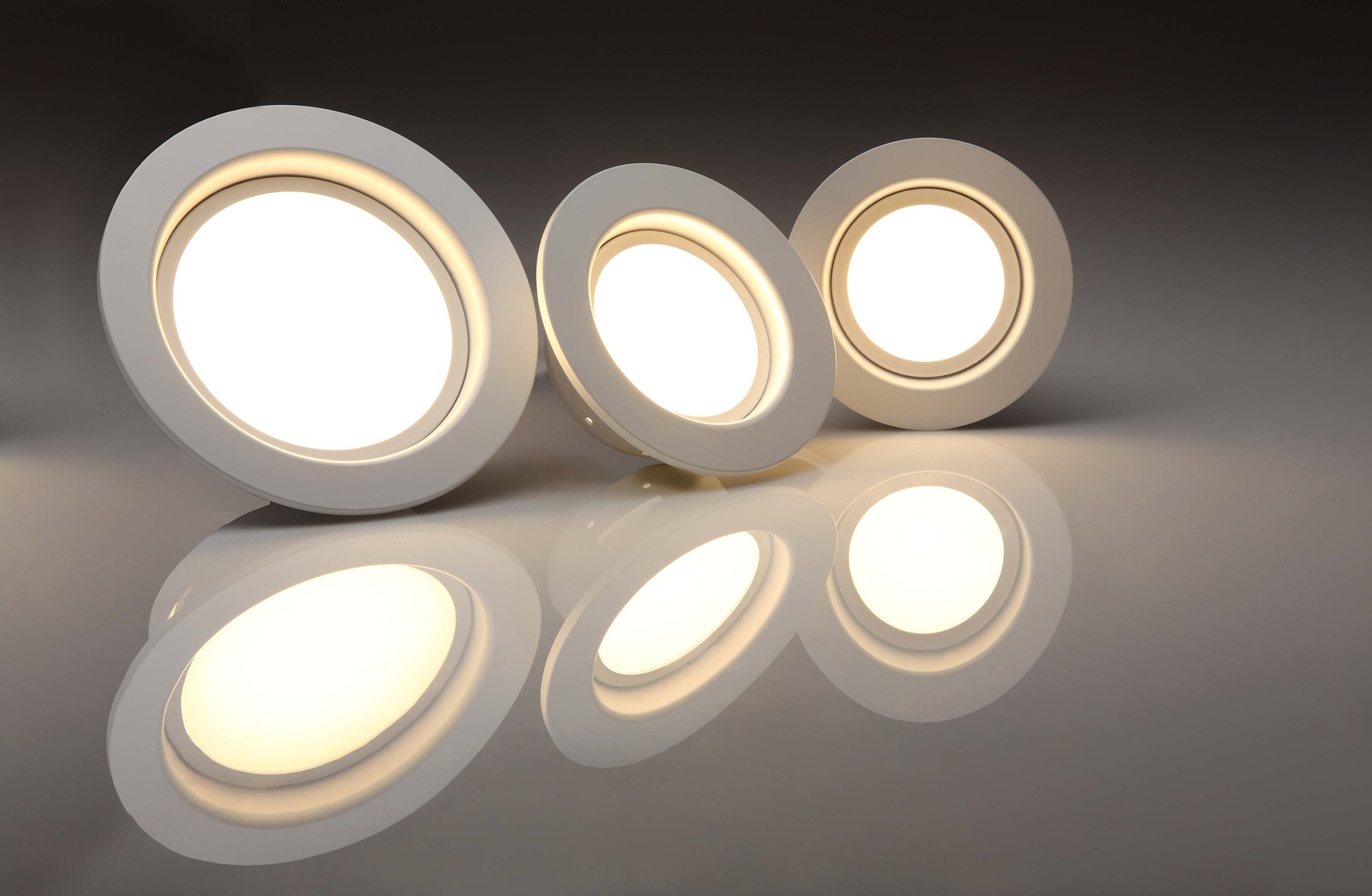 led 823383 1920 - Top 5 trusted energy saving products in 2019